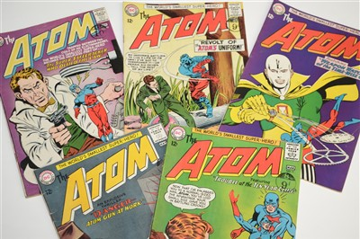 Lot 1514 - The Atom Comics