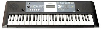 Lot 39 - A Yamaha YPT-230 Keyboard