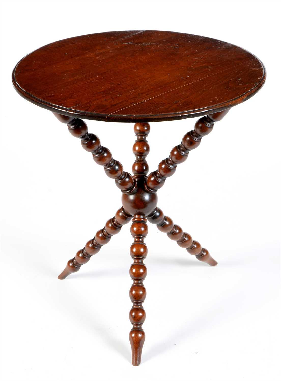 Lot 797 - Occasional table