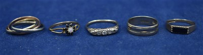 Lot 91-Five gold rings