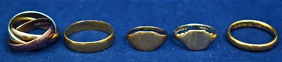 Lot 18-Five gold rings