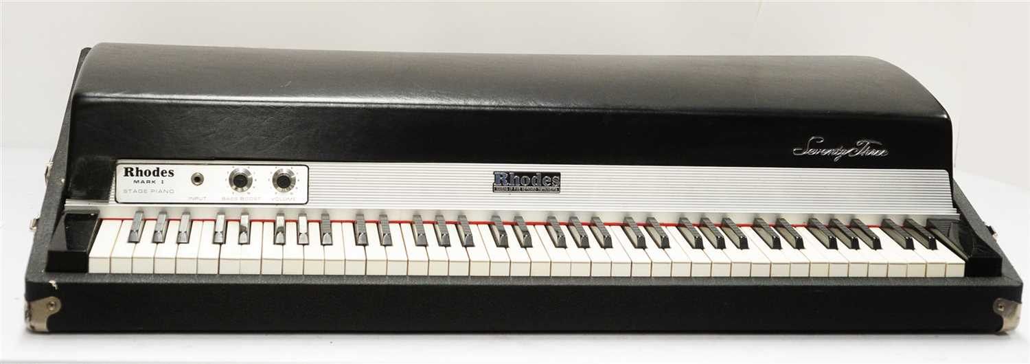 Lot 50 - Rhodes 73 MK1 electric stage piano