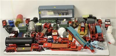 Lot 1281 - Die-cast model heavy haulage vehicles.