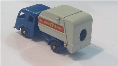 Lot 1363-Matchbox series die-cast vehicles