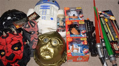 Lot 1232 - Miscellaneous Star Wars toys.
