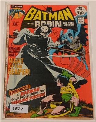Lot 1527 - Batman No. 237