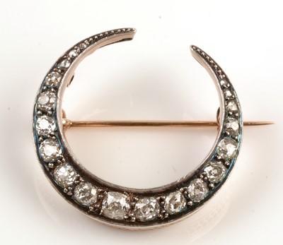 Lot 203 - Victorian diamond crescent brooch