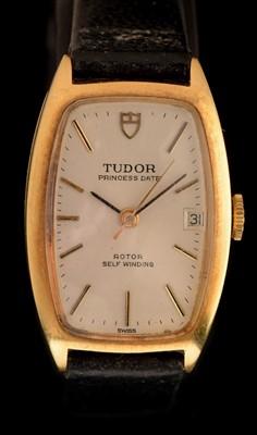 Lot 21 - Tudor Princess Date: a lady's 18ct gold wristwatch