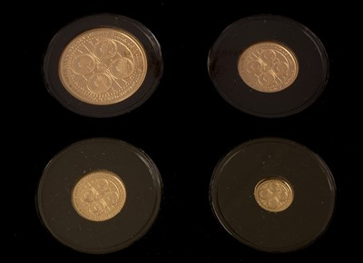 Lot 1004-200th Anniversary 2019 Sovereign set
