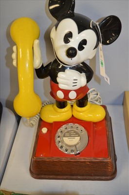 Lot 142 - Mickey mouse telephone