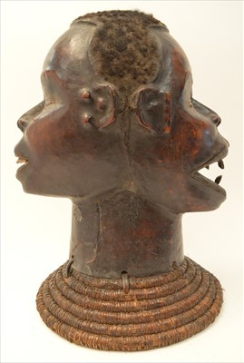 Lot 1596 - Makonde helmet mask