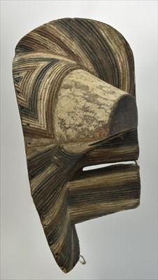 Lot 1505-Kifwebe mask
