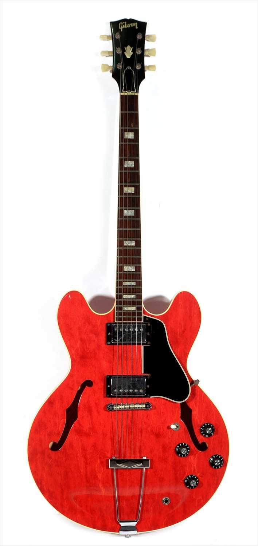 Lot 62-1968 Gibson 335 TDC Guitar
