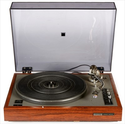 Lot 17-Micro direct drive turntable