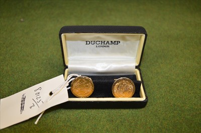 Lot 40-A pair of gold sovereign cufflinks