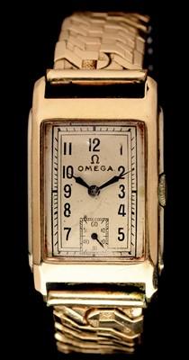 Lot 26 - Omega wrist watch