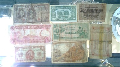 Lot 53-Coins and bank notes