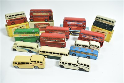 Lot 185 - Dinky buses