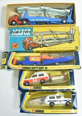 Lot 190 - Corgi sets