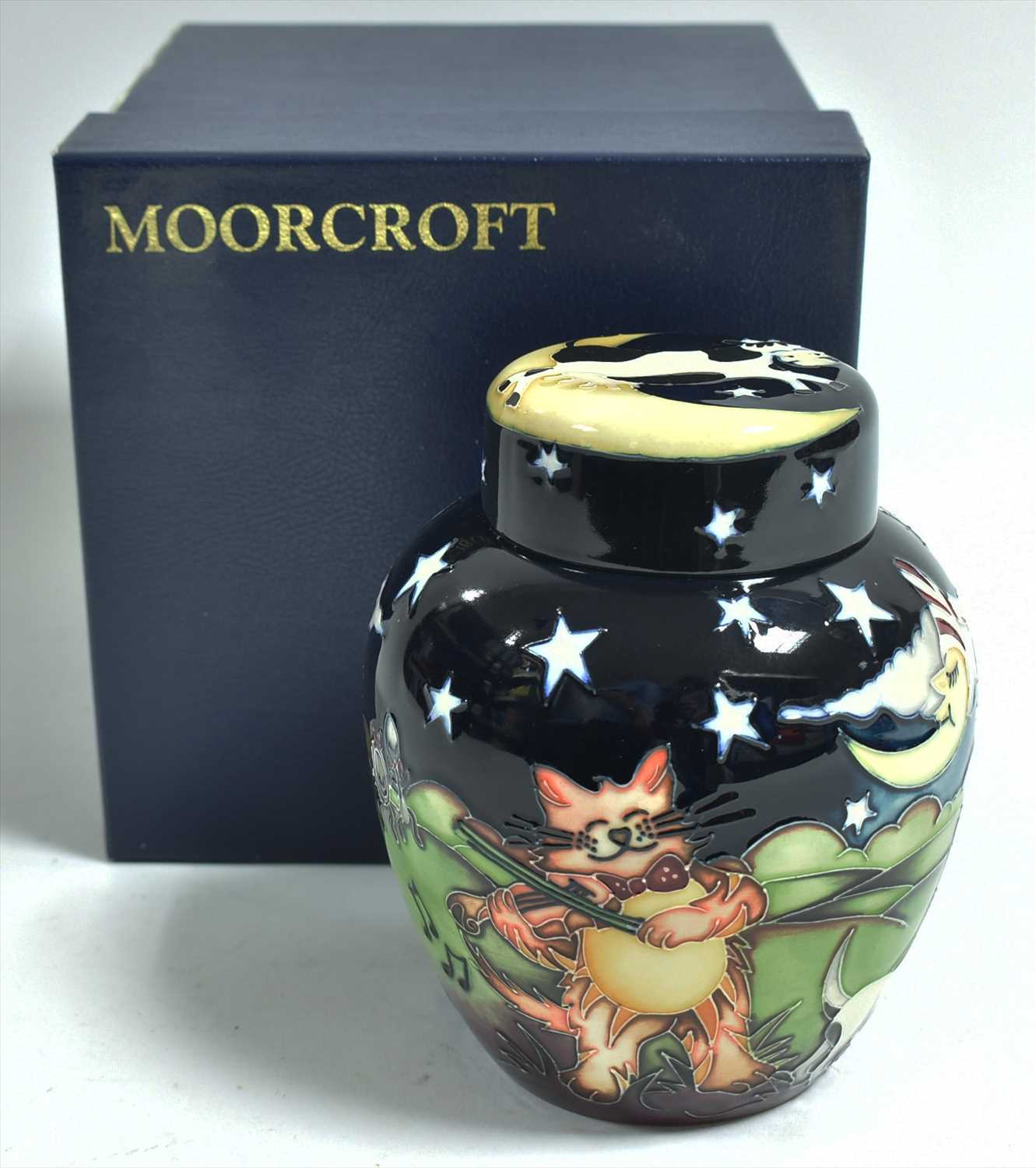 Lot 507-Moorcroft ginger jar