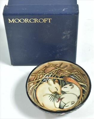 Lot 514-Moorcroft dish