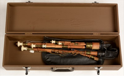 Lot 205 - Set of Northumbrian small pipes.
