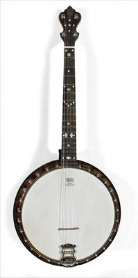 Lot 36 - Windsor Tenor short scale banjo