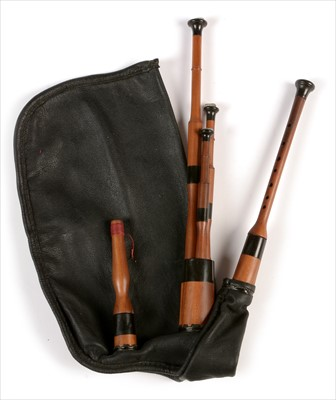 Lot 213 - Set of Northumbrian small pipes.