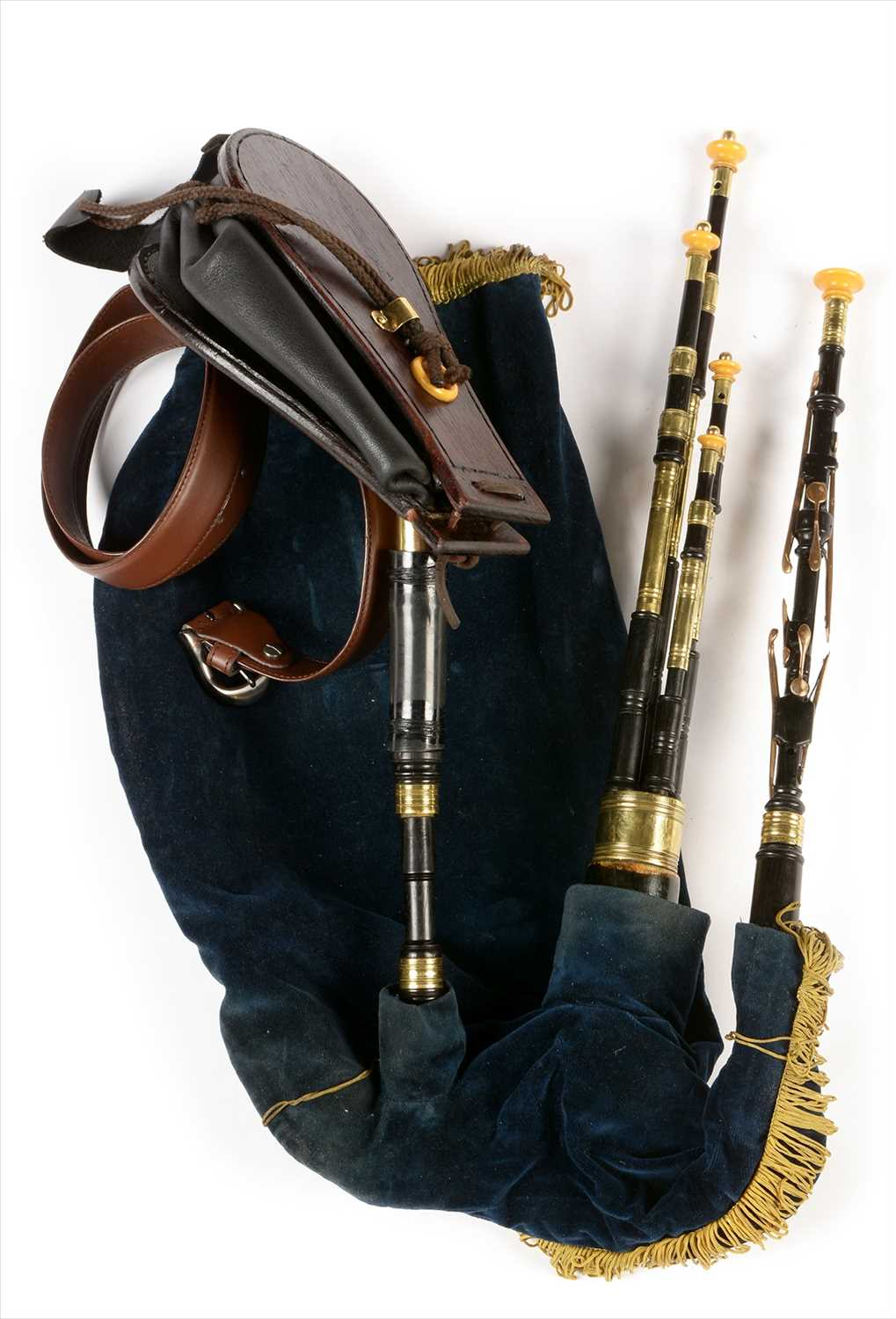 Lot 222 - Set of Northumbrian small pipes.