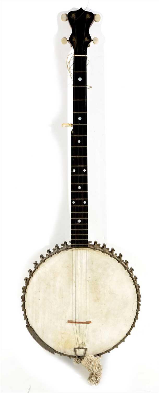 Lot 35 - Banjo.