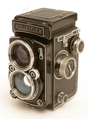 Lot 785-Rolleiflex TLR camera.