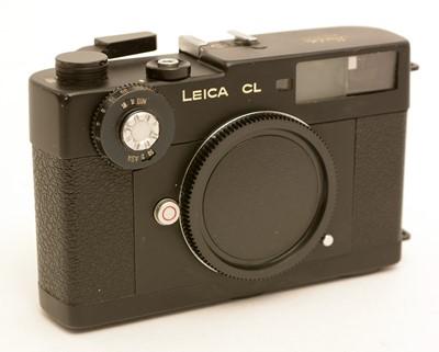 Lot 786-Leica CL rangefinder camera.
