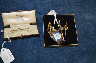 Lot 22-Five brooches