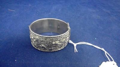 Lot 4-Chinese silver bangle