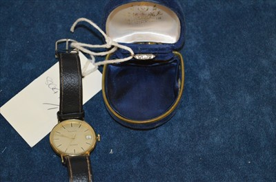 Lot 34 - Tissot watch and ring