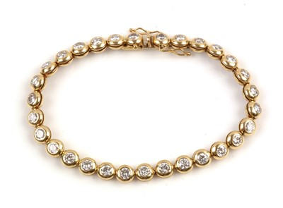 Lot 90-Diamond line bracelet