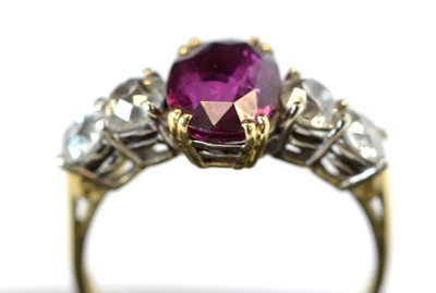 Lot 129 - Ruby and diamond ring