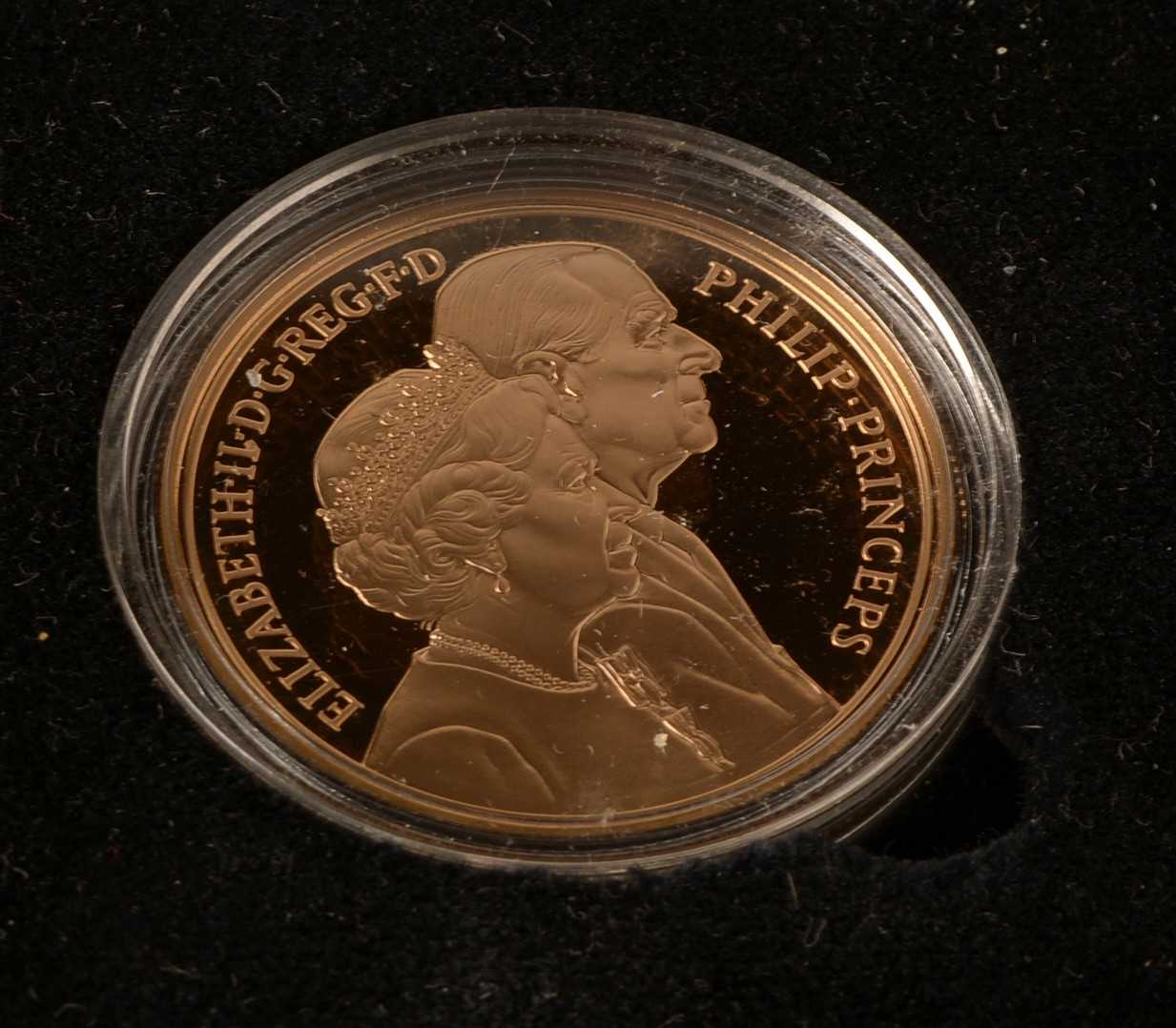1085 - Golden Wedding gold £5