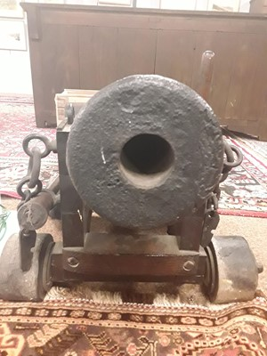 Lot 975 - A 20th century signal cannon