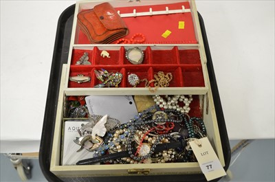 Lot 77 - Costume Jewellery