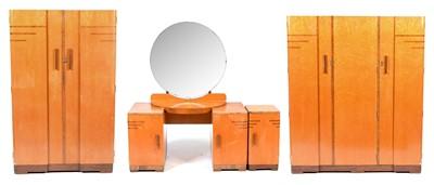 Lot 600 - An Art Deco maple veneered four-piece bedroom suite