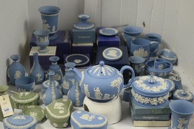 Lot 448 - Wedgwood Jasperware