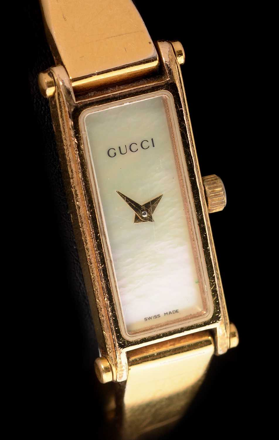 Lot 15-Gucci quartz wristwatch