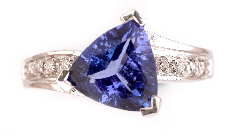 Lot 61-Tanzanite and diamond ring