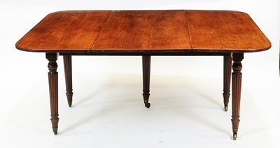 Lot 872 - 19th Century mahogany telescopic action dining table and leaf holder in the manner of Gillows