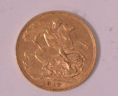 Lot 2-Gold sovereign