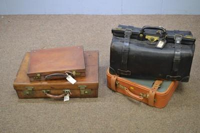Lot 533 - Vintage luggage