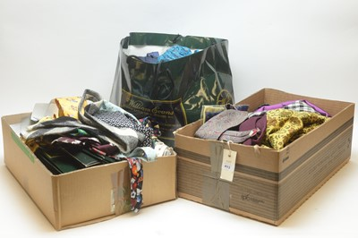 Lot 413 - Silk ties, cravats, and scarves
