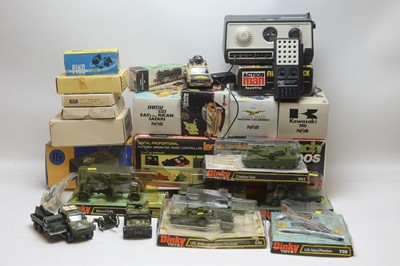 Lot 418 - Die cast and other toy cars