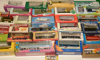 Lot 1129 - Thirty diecast model vehicles various.